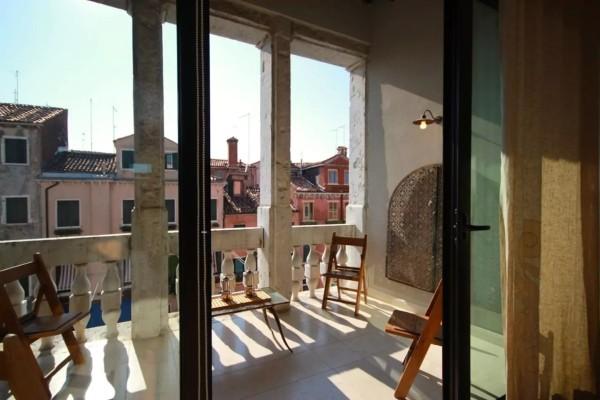 Biennale – Appartamento Arredato con Loggia