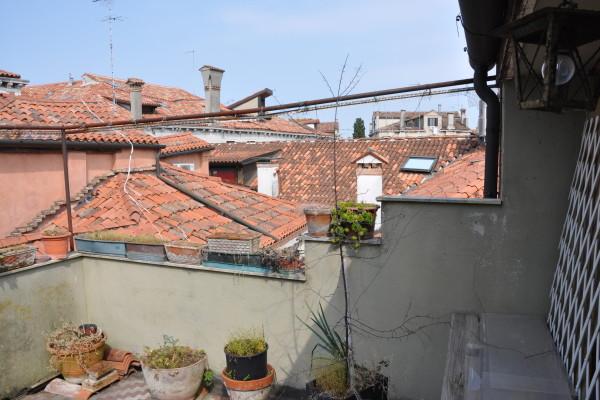 San Polo app. terrazza da restaurare