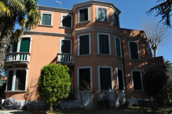 Lido Venezia vic.ze Santa Maria Elisabetta