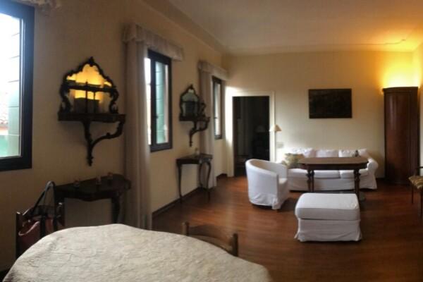 Dorsoduro Accademia – Appartamento per residenti bicamere